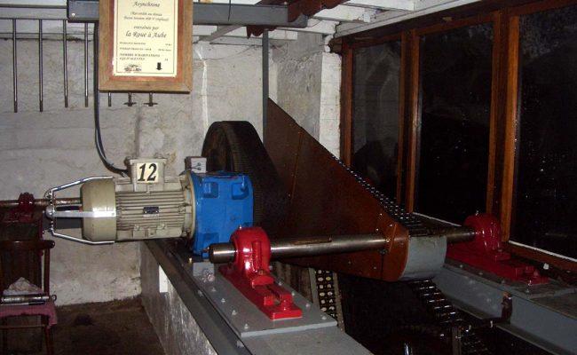 moulin-de-chenillc-2